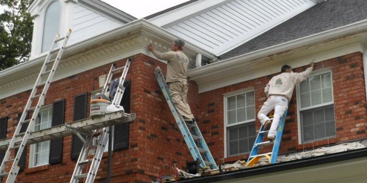 Exterior Team Painting